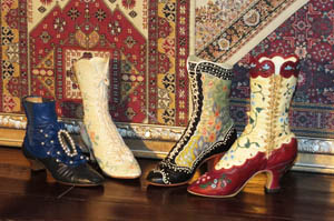 миниатюрные сувенирные туфельки jtrs,в частной коллекции Берген Юлии